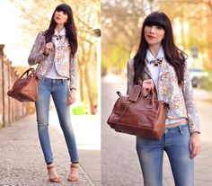 Rockmafia Leather Bag, Carven Paris Map Blazer, Guess? Blue Jeans, Zara Sandals, Zara Necklace, Asos White Blouse