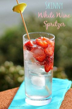 Skinny White Wine Cocktail with Strawberries
