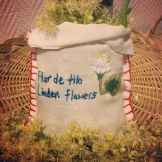 Fresh Linden flowers. Té de tila. Hand embroidery by Jessica Gálvez