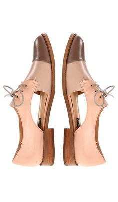 Blush cut out oxfords
