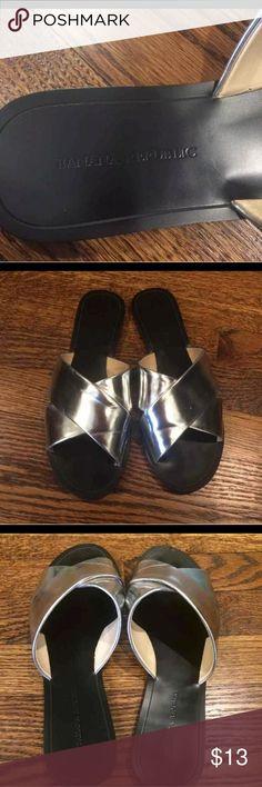 ■ Banana Republic ■ Nice slip on shoes, Stylish & Trendy. Banana Republic Shoes Flats & Loafers