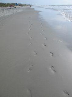 Leave nothing but footprints. ♥︎ #MommyMooMoo