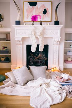 Gal Meets Glam Carrying on Holiday Traditions - Cozy Decor