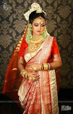 Bengali Bride, Bengali Wedding, Bengali Bridal Makeup, Bridal Jewellery Inspiration, Indian Bridal Outfits, Fashion Photography, Wedding Photography, Indian Silk Sarees, Bridal Portraits