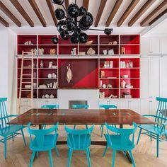 Mesa design de Jessica Helgerson. Brooklyn Brownstone Home, EUA. Projeto do escritório Jessica Helgerson Interior Design. #architecture #arquitetura #arte #art #artlover #design #architecturelover #instagood #instacool #instadesign #instadecor #instadaily #projetocompartilhar #shareproject #davidguerra #arquiteturadavidguerra #arquiteturaedesign #instabest #instahome #decor #architect #criative #photo #decoracion #table #tabledesign #jessicahelgerson