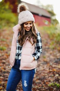 Fall and Winter fashion cozy outfits series: puffer vests. Cozy Outfits, Vest Outfits, Puffer Vest Outfit, Rainy Day Outfit For School, Vests, Winter Fashion, Winter Jackets, Fall, Eye Palette