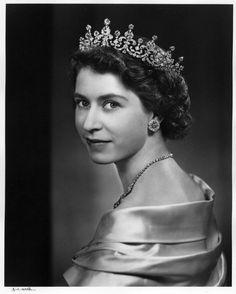 Queen Elizabeth becomes Queen at 25  Google Image Result for http://images.npg.org.uk/800_800/1/6/mw08616.jpg