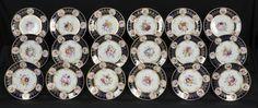 Set de sobremesa em porcelana Inglesa Worcester do inicio do sec.19th, circa 1825, 24,5cm de diametro, 29,400 EGP / 11,135 REAIS / 3,410 EUROS / 3,880 USD https://www.facebook.com/SoulCariocaAntiques