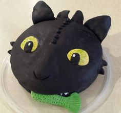 """Toothless cake from """"How to train your dragon""""- cake made by a family friend- absolutely amazing! Wish I could do this!"""