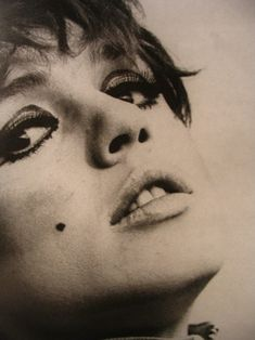 Patti Smith, 60s Icons, Style Icons, 70's Style, Andy Warhol, Rockabilly, Twiggy Hair, Pin Up, Poor Little Rich Girl