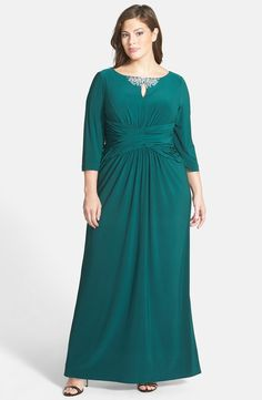 Embellished Keyhole Detail A-Line Gown (Plus Size)