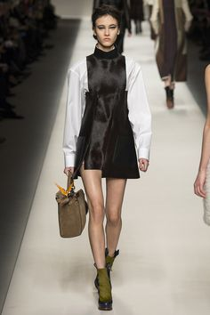 Fendi Fall 2015 RTW Runway – Vogue