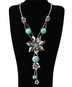Elegant Turquoise Flower Pendant Rhinestone Necklace