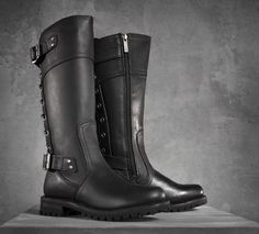 Complete your look from head to toe with H-D® Performance footwear by Wolverine. The Alexa Boots look great on or off the bike and include features such as: