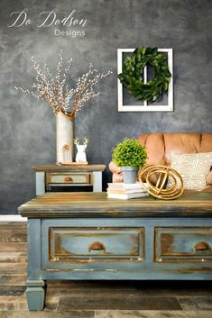 Create man cave furniture for your hubby and be the queen of your castle! #dododsondesigns #mancavfurniture #mancave #paintedfurniture