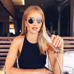Rosie Huntington-Whiteley Shows How an English Rose Does L.A. Style