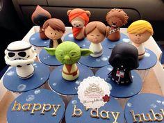 The Force Awakens! Star Wars Cupcake Toppers!