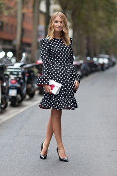 vestido-estampa-bolinhas-doce-elegancia