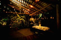 Tatiana & Gutti. - OMG I'm Engaged-casamento - Wedding- casamento praia - noiva- Bahia - Brasil - casamento dia - bouquet -Fotos: Fernanda Souto e Ernandes Alcantara