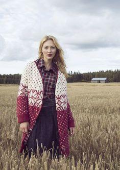 Naisen kirjoneuletakki Novita Joki | Novita knits