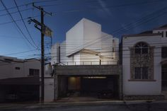 Gallery of Cloud House / ARQUIDROMO - 18