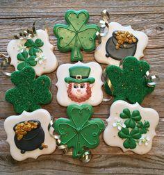 Roll Out Sugar Cookies, Sugar Cookie Royal Icing, Cut Out Cookies, Cute Cookies, No Bake Cookies, Cupcake Cookies, Cookies Et Biscuits, Cupcakes, Irish Cookies