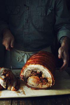 A sumptuous feast with all our friends. Alex Farnum photography. Zippertravel.com Digital Edition