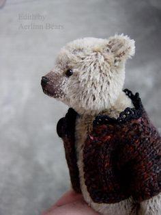Edith by Aerlinn Bears