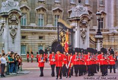 Changing of the guards in front of Buckingham Palace. Photo taken many years ago  #changingoftheguard#buckinghampalace#buckingham_palace#england#uk#toplondonphoto#thisislondon#vscolondon#loves_england#visitlondon#europe#ig_europe#travel#europe_vacations#ig_great_shots#Loves_united_world#Loves_world#loves_united_europe#ig_great_pics#euro_shots#loves_bestpic#loves_travel#loves_europe#summer#great_captures_city#city_explore#igworldclub#architecture#greatbritain#queensguard by…