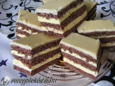 Érdekel a receptje? Hungarian Desserts, Hungarian Cake, Romanian Desserts, Hungarian Recipes, Cookie Recipes, Dessert Recipes, Powder Recipe, Cake Bars, Sweets Cake