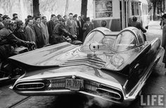 1955 Lincoln Futura, designed by Ghia , Italy (which later evolved into a Batmobile):