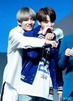 Find images and videos about kpop, bts and jungkook on We Heart It - the app to get lost in what you love. Bts Jungkook, Kim Namjoon, V Taehyung, Seokjin, V Bts Cute, Bts Love, Love Is, Taekook, Billboard Music Awards