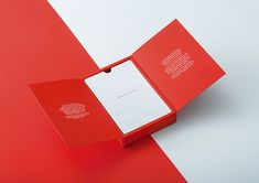 For Christmas Milk worked with Huffman's Sauces to create a limited edition self promotional gift – a bespoke Chilli Pepper, Pomegranate and Orange Blossom Sauce. Fortunately for us, we were asked to design & develop the structural design. Perfume Packaging, Print Packaging, Packaging Design, Custom Plastic Bags, Self Promo, Luxury Card, Client Gifts, Graphic Design Posters, Web Design Inspiration