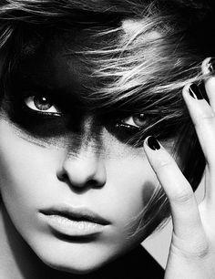 A great photo of model Alessandra Pozzi. No idea who shot it though.