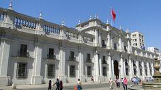 Palacio de la Moneda Santiago de Chile Reservas monica@VisitChile.CL Santa Lucia, Louvre, Paris, Building, Travel, Santiago, Montmartre Paris, Viajes, Buildings