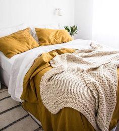 Linen duvet cover in Mustard / Orande - yellow linen duvet cover Orange Comforter, Orange Duvet Covers, Yellow Bedding, Mustard Bedroom, Mustard Bedding, Bedroom Orange, Earthy Bedroom, Comforter Cover, Comforter Sets