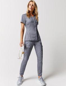 PT Career Outfits Hidden Zipper Top in Royal Blue - Medical Scrubs by Jaanuu Do Disposable Diapers M Spa Uniform, Scrubs Uniform, Stylish Scrubs, Fashionable Scrubs, Nike Zoom, Cute Scrubs, Scrubs Outfit, Medical Uniforms, Uniform Design