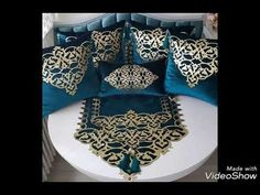Diy Pillows, Decorative Throw Pillows, Photo Cubes, Burlap Table Runners, Curtain Designs, Scatter Cushions, Diy Home Crafts, Modern Furniture, Decoration