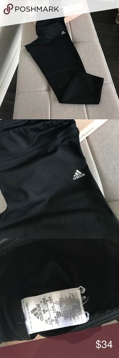 """Adidas Workout Capri Legging Climalite Size small Adidas workout capri legging. Waist measures approximately 12"""" flat across un-stretched. Inseam is approximately 20"""". Leg opening is approximately 5"""". Worn only a couple of times. Hidden key pocket as shown in photo. 88% Polyester & 12% Spandex. Be sure to follow me for an amazing line of boutique athletic apparel! Adidas Pants Leggings"""