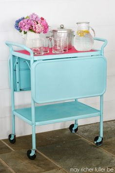 Vintage Kitchen Cart - Before and After. You can do this with spray paint to lots of older pieces and make them look trendy and match any room in your house.