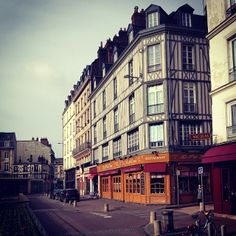 Our Master of Global Business (MGB) Path 2 students are in Rouen, France now; just started their 2nd module of the 3-country program! Photo taken by our program director who is currently in Rouen for the Welcoming event.