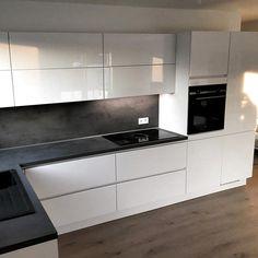 Kitchen Pantry Design, Luxury Kitchen Design, Best Kitchen Designs, Kitchen Sets, Luxury Kitchens, Kitchen Layout, Home Decor Kitchen, Interior Design Kitchen, New Kitchen