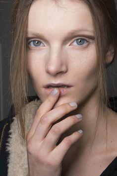 Manicure: trendy jesień-zima 2014/2015, Lapointe, fot. Imaxtree