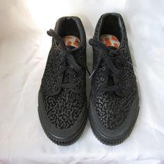 Vintage NICKELODEON Black Suede SURF Skateboard Shoes ac7476cba