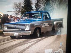 1975 Dodge pickup