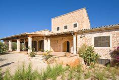 Finca Mallorca - Immobilien Nova - Ref. 86578 Finca in Ses Salines, Colonia Sant Jordi, nahe Es Trenc, Mallorca Nahe dem Meer. Die Landhaus liegt auf einem riesigen Grundstück mit Pool und bietet dank der entfernten Nachbarschaft einen weiten Blick. Nahe bezaubernder Strände. http://www.inmonova.com/de/property/id/630970-finca-mallorca http://www.inmonova.com/de/ #inmonova #mallorca #finca #immobilien #nova