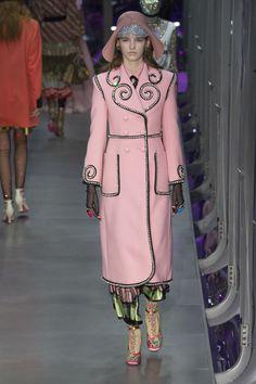 Défilé Gucci prêt-à-porter femme automne-hiver 2017-2018 84