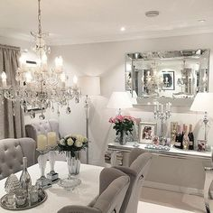 Inspiring Modern Dining Room Design Ideas – Decorating Ideas - Home Decor Ideas and Tips Luxury Dining Room, Dining Room Design, Design Kitchen, Esstisch Design, Dining Room Buffet, Buffet Lamps, Dining Tables, Dining Rooms, Round Tables