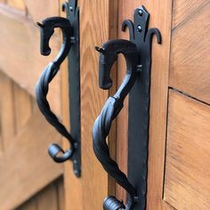 Barn Stalls, Horse Stalls, Horse Barn Plans, Horse Barn Decor, Horse Tack Rooms, Horse Barn Designs, Dream Barn, Dream Stables, Barn Door Handles