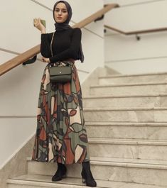 Hijab Fashion 361413938848360143 - Trendy Skirt Pleated Outfits Modest Fashion Source by deematawil Modest Fashion Hijab, Modern Hijab Fashion, Street Hijab Fashion, Hijab Fashion Inspiration, Hijab Chic, Muslim Fashion, Mode Inspiration, Islamic Fashion, Hijab Mode